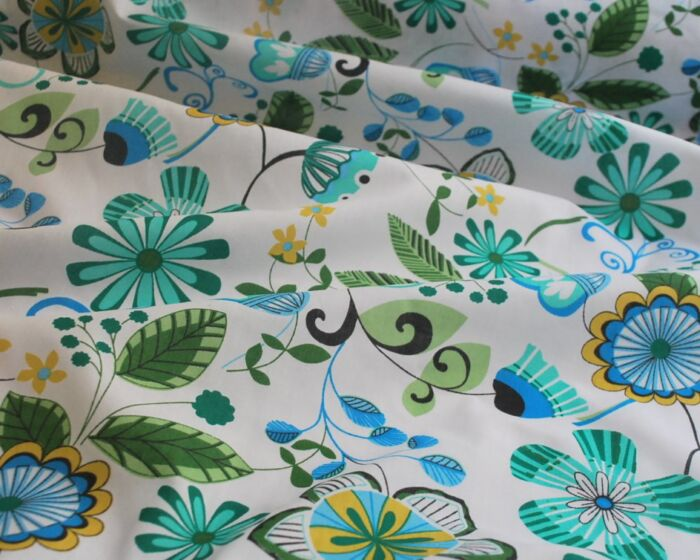 Bet n Like - Turquoise - Floral Poly Cotton - cu