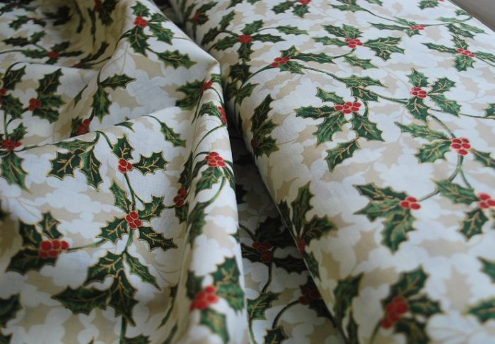 Christmas Print cotton fabric Holly Cream